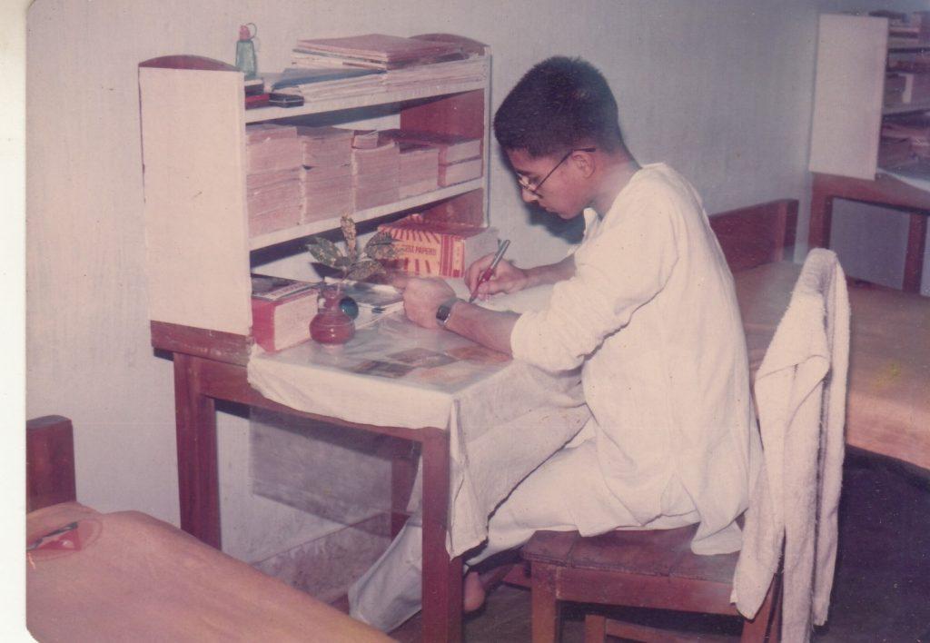 rangpur cadet colege in his room